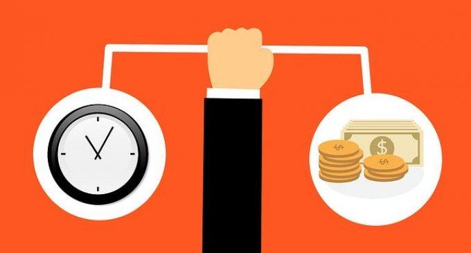 Ministrul Finanțelor: românii vor putea amâna ratele la bănci pentru 9 luni