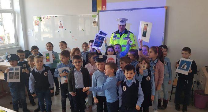 POLIȚIA LOCALĂ TURDA – continuă activitățile cu elevii pe linia de prevenției rutiere
