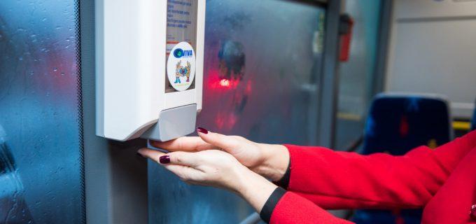 VIDEO: Turda – primul și singurul oraș din România care a instalat dispensere cu dezinfectanți în mijloacele de transport în comun!