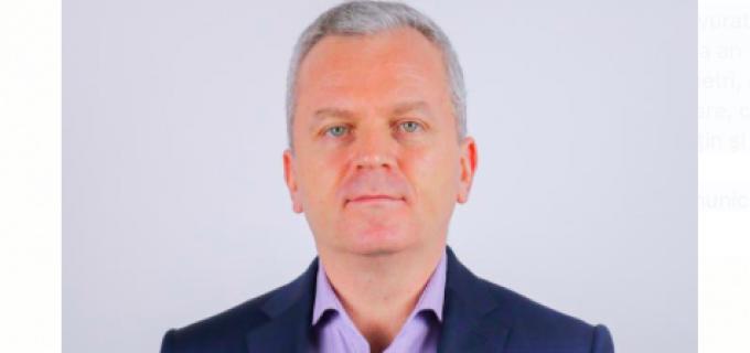 Cozmin Sasa: Remus Lapusan!!! Poporul nu te vrea! Nici nu te iubește! De aceea, in numele organizației Pro Romania Câmpia Turzii îți cer imperativ doua lucruri