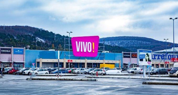 Astăzi se redeschid mall-urile, piscinele exterioare și sălile de fitness