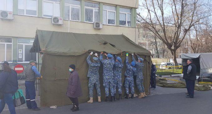 "Militarii Bazei 71 Aeriene ""General Emanoil Ionescu"" au montat corturi medicale de triaj în Turda și Câmpia Turzii"