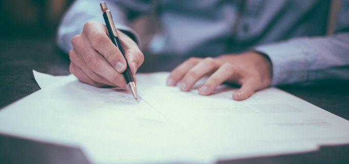 Declarația pe propria răspundere a fost simplificată – poate fi tipărită sau scrisă de mână. Descarcă documentele de aici