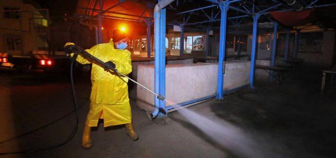 Primăria Turda continuă dezinfectarea spațiilor publice. S-a intervenit în toate piețele din oraș!