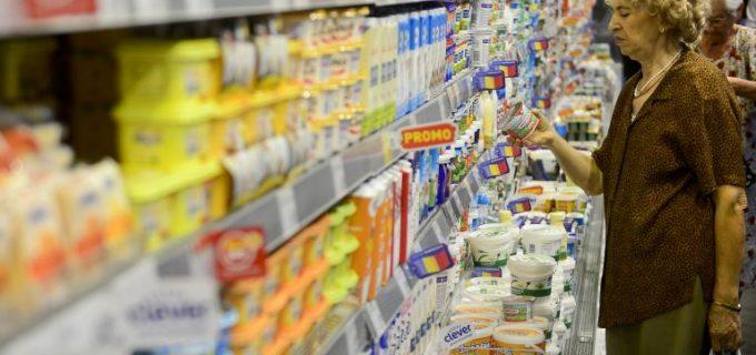 ANPC: Cererea de produse alimentare și dezinfectante e mare, dar supermarketurile au stocuri suficiente