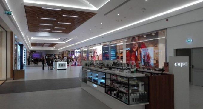 RORETAIL: Magazinele din mall-uri, altele decât cele alimentare și farmacii, se vor închide
