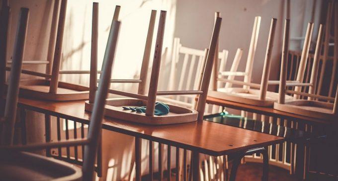 Ministrul Educației: Școlile rămân închise până după Paște, cât e anunțată starea de urgență