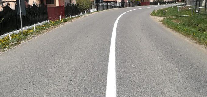 Lucrări de marcaje rutiere în lungime de peste 117 kilometri, pe opt sectoare de drumuri județene, inclusiv pe sectorul Cheia – Săndulești