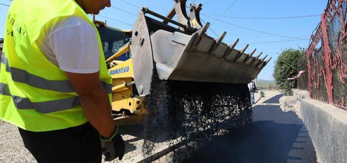 VIDEO/FOTO: Se modernizează strada Salinelor, tronsonul care era neasfaltat!