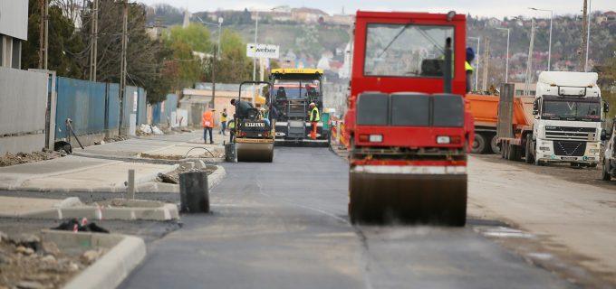 PRIMĂRIA TURDA: Datorită lucrărilor de modernizare traficul pe strada 22 Decembrie este restricționat pe o perioadă de aproximativ 3 săptămâni
