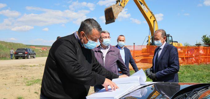 VIDEO: au început lucrările de modernizare pe strada Alexandru Ioan Cuza