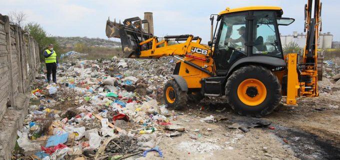 Curățenia orașului, prioritate pentru Primăria Turda. Sesizați Poliția Locală dacă surprindeți persoane care depozitează deșeuri în locuri nepermise!