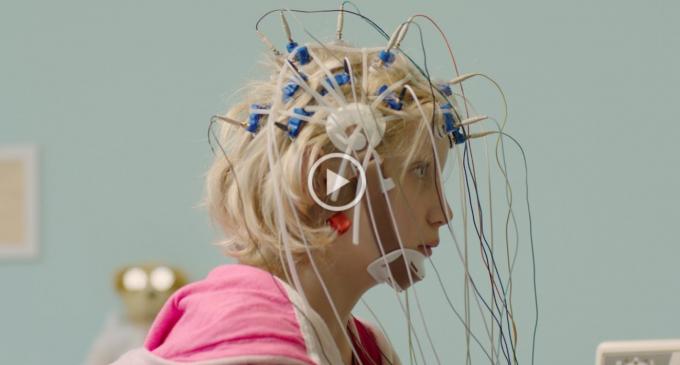 """Filmul """"Copilul-problemă"""" este de astăzi disponibil online, pe VOD"""