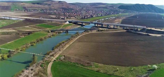 Se avansează în ritm alert pe cei 17,9 km dintre Iernut și Chețani ai Autostrăzii Transilvania