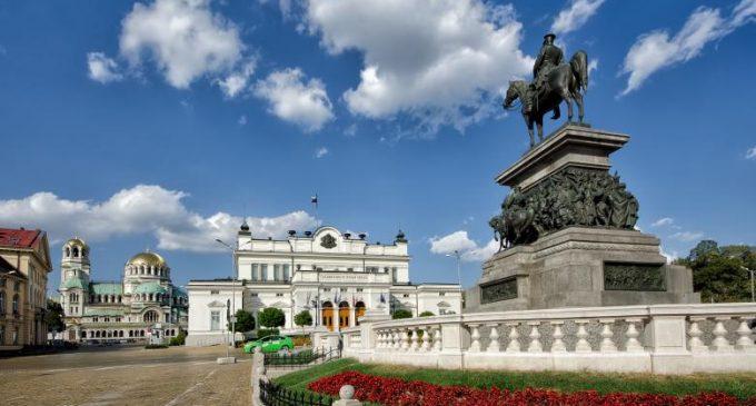 Parlamentarii și membrii guvernului din Bulgaria renunță la salarii pe durata stării de urgență