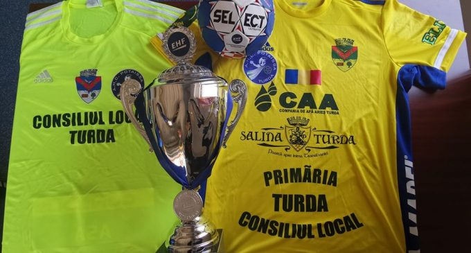 Tricou al Potaissei Turda, cu autografele jucătorilor, scos la licitație în cadrul proiectului #TurdaMergeMaiDeparte