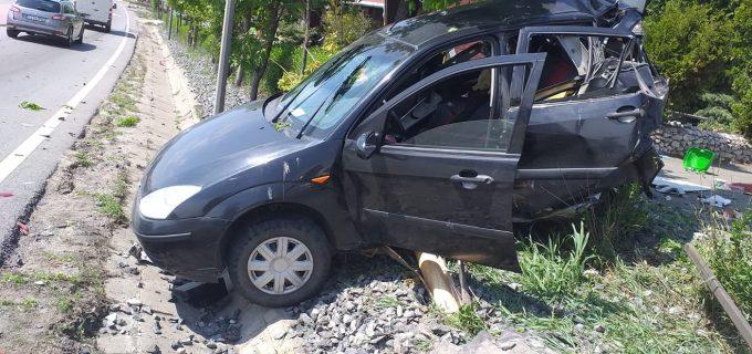 Accident auto în Tureni: 2 victime transportate la spital