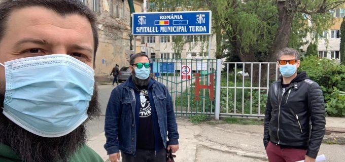 Asociatia Beard Brothers a livrat din nou materiale de protectie în Spitalele din Turda și Câmpia Turzii