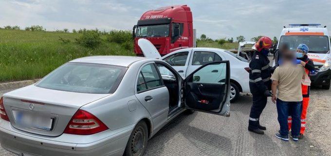 Accident rutier cu 2 victime și 2 autoturisme implicate la Topa Mică