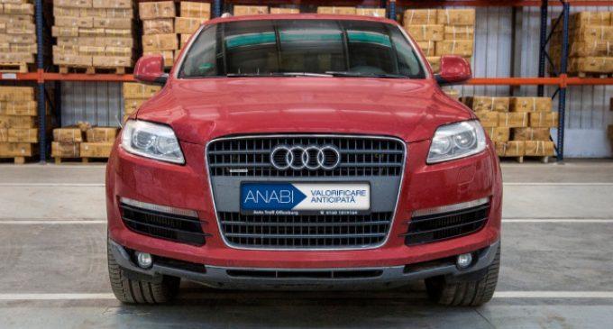Mașini de lux confiscate, scoase la licitație de Ministerul Justitiei. Cu cât se vinde un Panamera sau un Q7?
