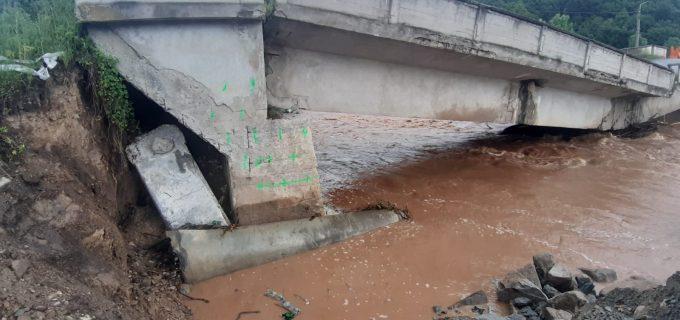 Prefectul judetului Cluj, Mircea Abrudean, raport privind inundatiile în Cluj (FOTO)