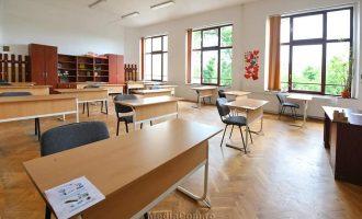 VIDEO: Școlile din Turda pregătite pentru a-i primi pe elevii claselor a VIII-a și a XII-a în condiții de maximă siguranță