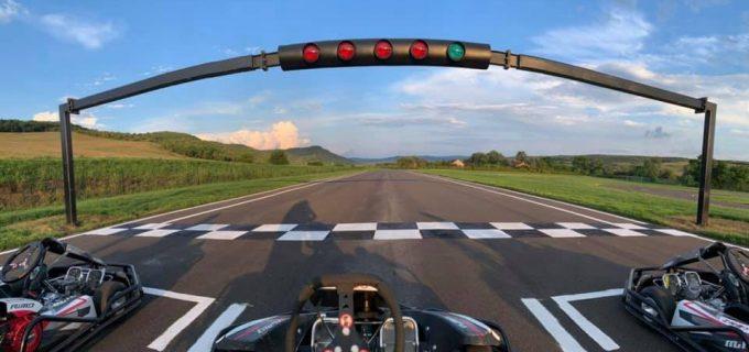 Video: Complex de karting, unic în Transilvania, deschis la 60 km de Cluj