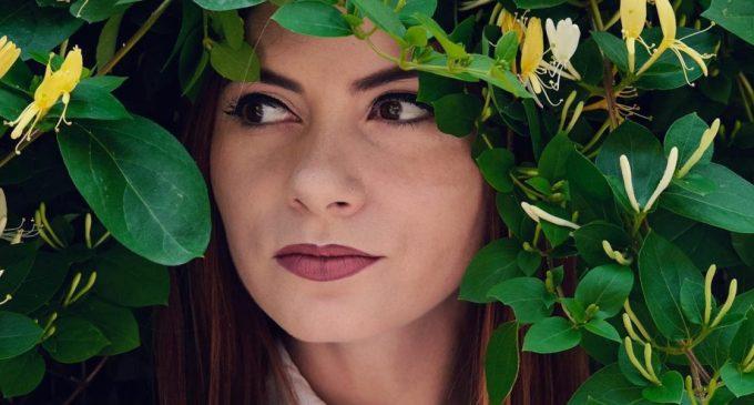 """Alexandra Dușa, actrită: """"Mă doare că tot ce înseamnă artă e privit ca un lucru de care ne putem lipsi"""""""