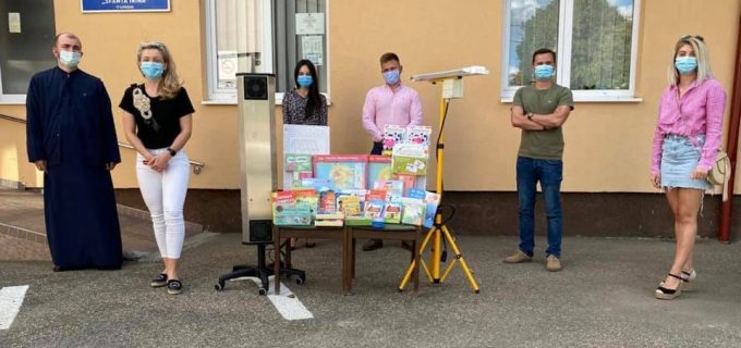 """Rotaract: În urma ajutorului acordat de fiecare dintre voi, Centrul de recuperare psihoneuromotorie pentru copii """"Sfânta Irina"""" din Turda a fost dotat de la începutul anului cu aparatură în valoare de 10.000 de lei"""