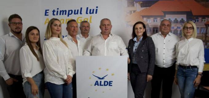 ALDE Câmpia Turzii va avea un nou consilier local. Adrian Spătariu a demisionat