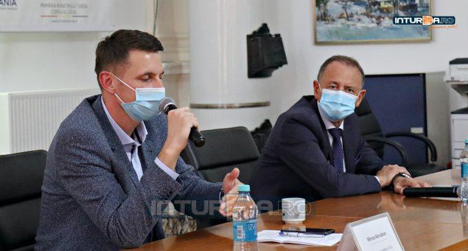 Mircea Abrudean: Serviciu de Înmatriculare a Vehiculelor la Turda! Vezi AICI conferinta de presa sustinuta alaturi de primarul Matei Cristian