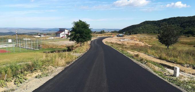 Consiliul Județean va reface mai multe sectoare ale drumurilor județene afectate de calamitățile naturale