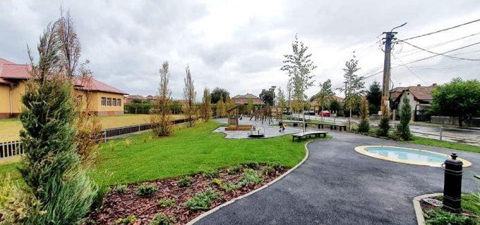 Parcul de joacă din cartierul Sâncrai este finalizat
