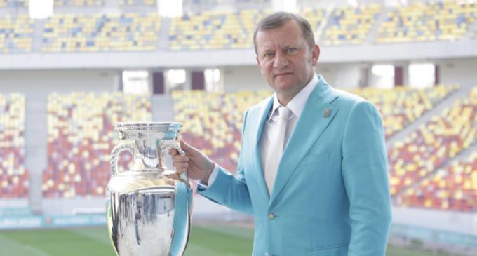 După eșecul de la alegerile locale, fostul fotbalist Dorinel Munteanu deschide lista pentru SENAT la Cluj