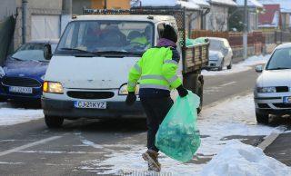 Primăria Turda: Demontăm mitul mașinii care colectează deșeurile la comun