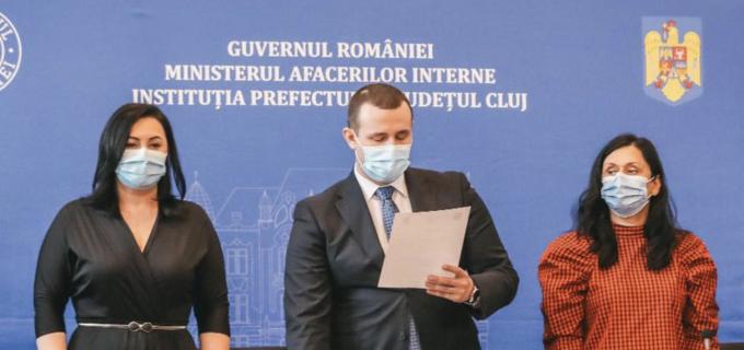 VIDEO: Noul prefect al Clujului și-a preluat oficial mandatul. Vezi reacția lui Emil Boc și Alin Tișe
