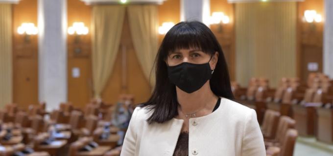 Burciu Cristina: Educaţia-domeniu strategic şi prioritar al României pentru anul 2021