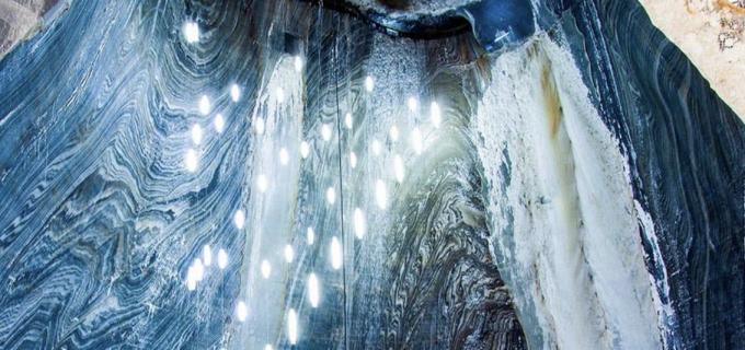 Salina Turda  – Tărâmul magic din adâncul Transilvaniei