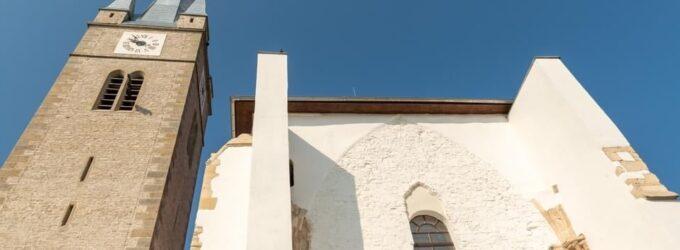 Galerie FOTO: Restaurarea Bisericii Reformate – Turda Veche. Peste 700 de ani de istorie se ascund în spatele zidurilor bisericii