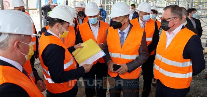 Foto/VIDEO: Liderul PNL, Ludovic Orban, vizită pe șantierul Sălii Polivalente din Turda