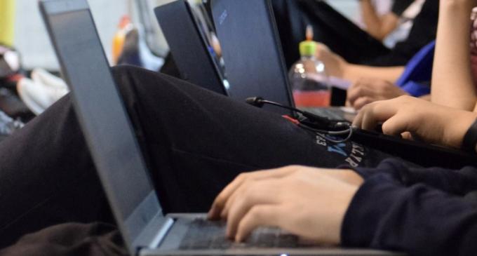 Asociația The Da Vinci System organizează un proiect în domeniul IT pentru elevi!