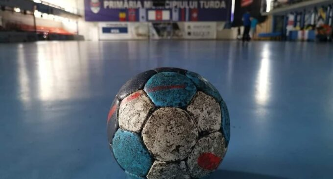 """Sala """"Gheorghe Barițiu"""" găzduiește 5 meciuri din Liga Florilor"""
