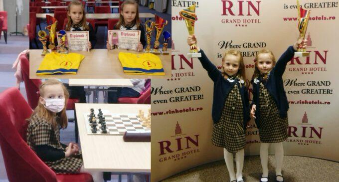 Fetele fantastice de la Turda au cucerit 6 medalii la Campionatele Naționale de Șah