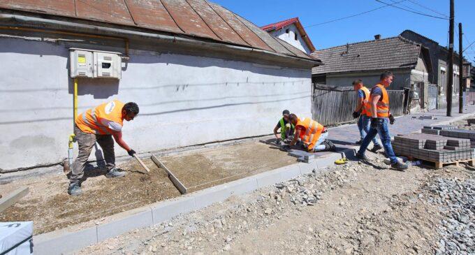 Lucrările de modernizare sunt în plină desfășurare pe un sector important al străzii Andrei Mureșanu