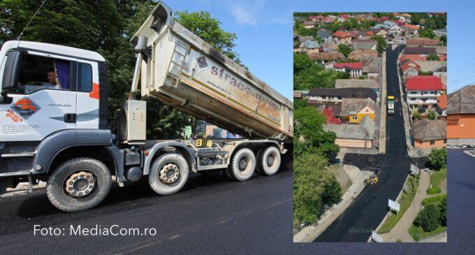 Avansează lucrările de modernizare pe strada Andrei Mureșanu. FOTO