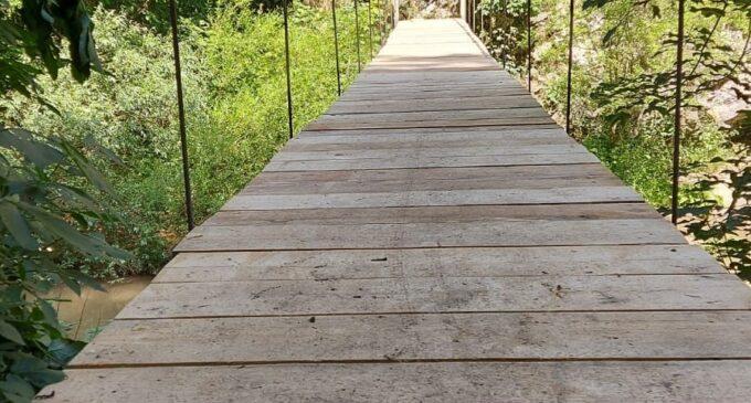 Podul II din Cheile Turzii a fost reparat și redat circulației turistice