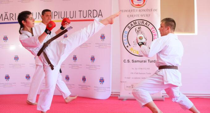 Foto/Video: Examen de promovare în grad a sportivilor clubului de karate Samurai Turda
