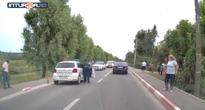 VIDEO: Accident pe strada Constructorilor! O femeie a fost transportată la o unitate medicală