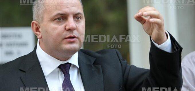 """Avram Gal, vicepresedinte ALDE, despre situatia de la Sectorul 1: """"Se încearcă înlocuirea unor grupuri de interese cu propria clientală de partid, cu noua camarilă gata să se înfrupte din contractele cu statul"""""""