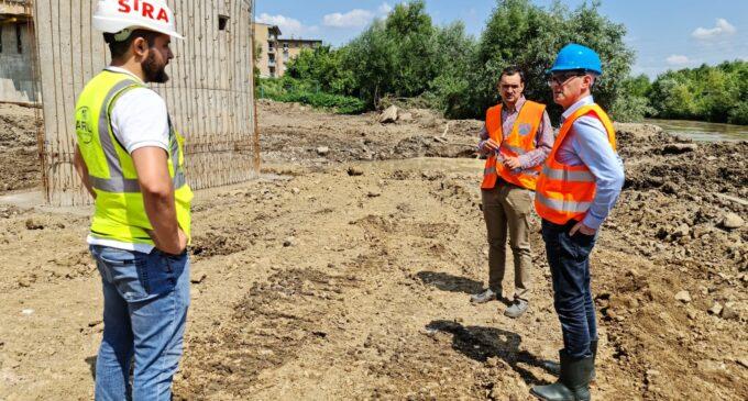 Se dorește accelerarea lucrărilor la podul peste Arieș!